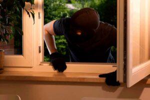 ladron-robo-ventana