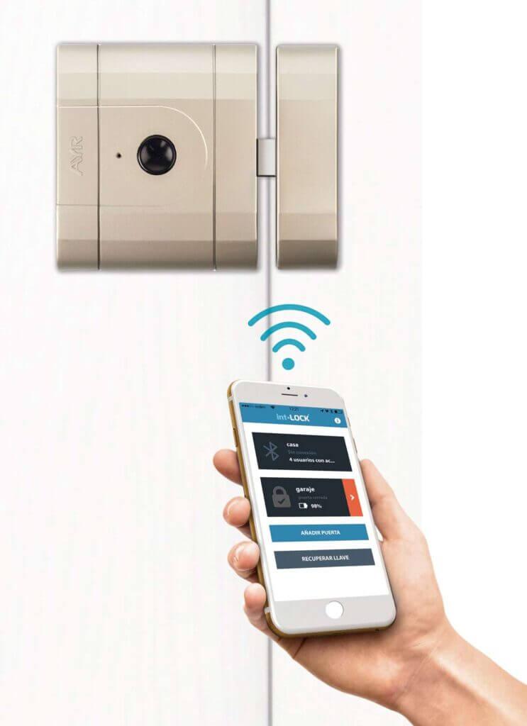 int-LOCK y smartphone